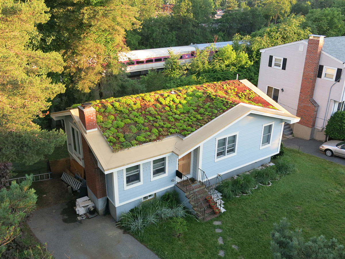 how to turn a flat roof into a deck