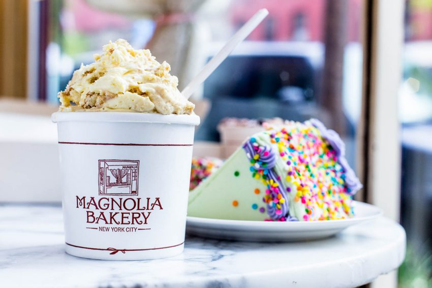 Magnolia Bakery s classic banana pudding and cake. Magnolia Bakery Plans to Open at Faneuil Hall in December