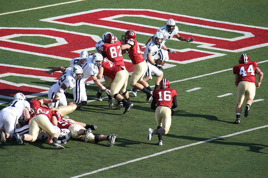 Harvard and Yale play football