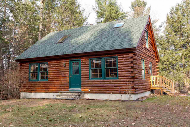 On the Market: A Log Cabin in New Hampshire