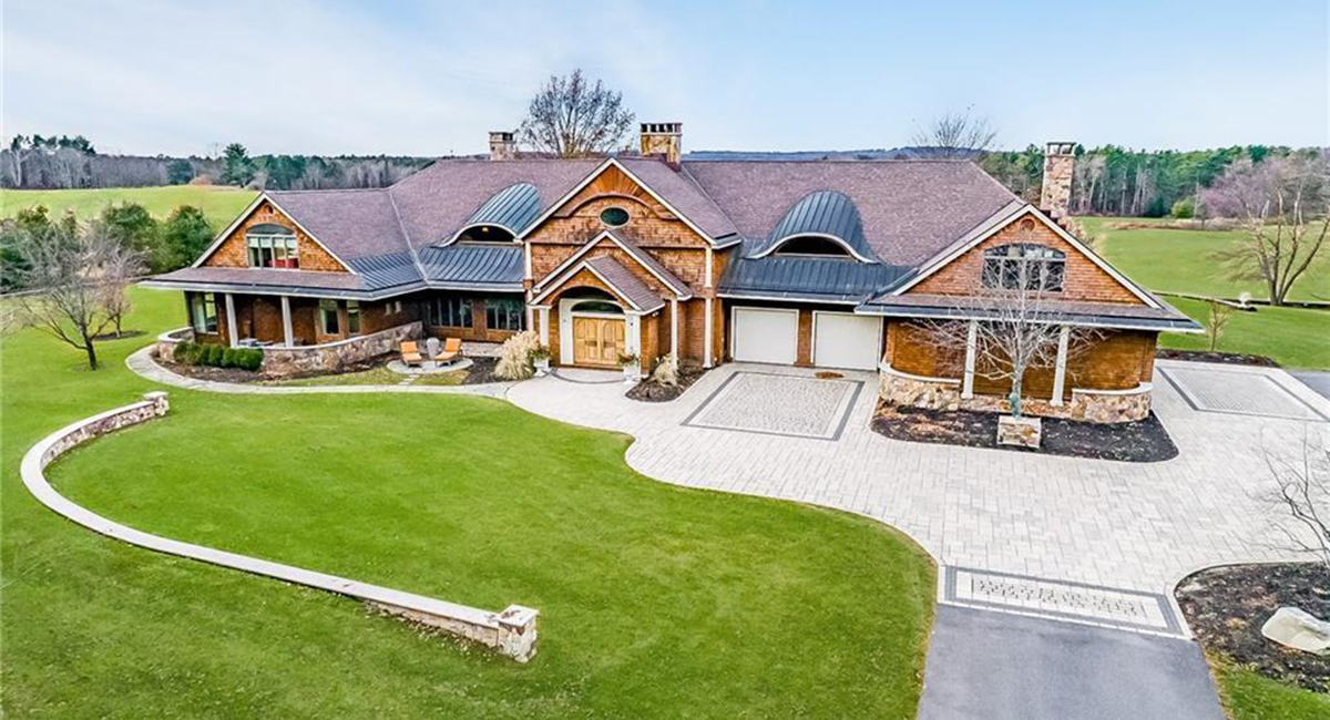 On the Market: A Modern Mansion in Maine