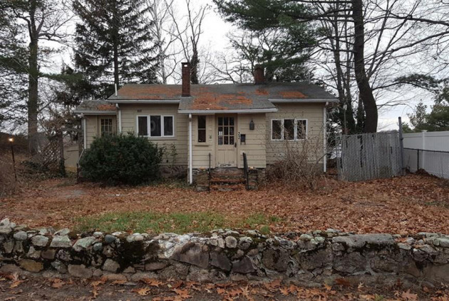 Fixer-Upper Friday: A Pondside Cottage in Weymouth