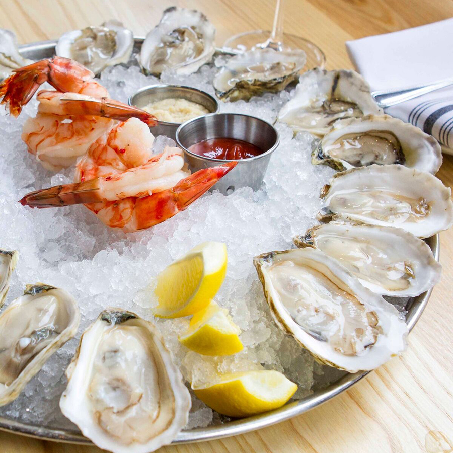 the beginning of an intimate meal at select oyster bar