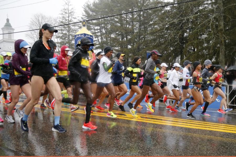 6ee1667ffa7ec Boston Marathon 2018 Live Blog  From Hopkinton to the Finish Line