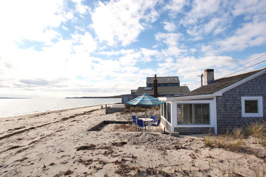 A Tiny House On Cape Cod Beach