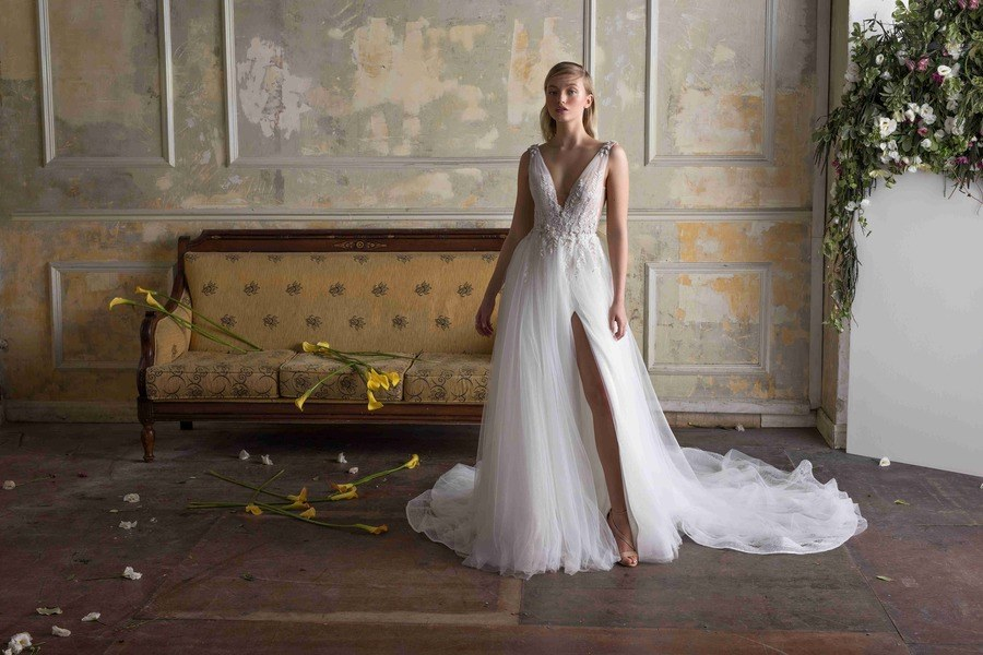 d22040d091 Six Trends We Spotted during Bridal Fashion Week
