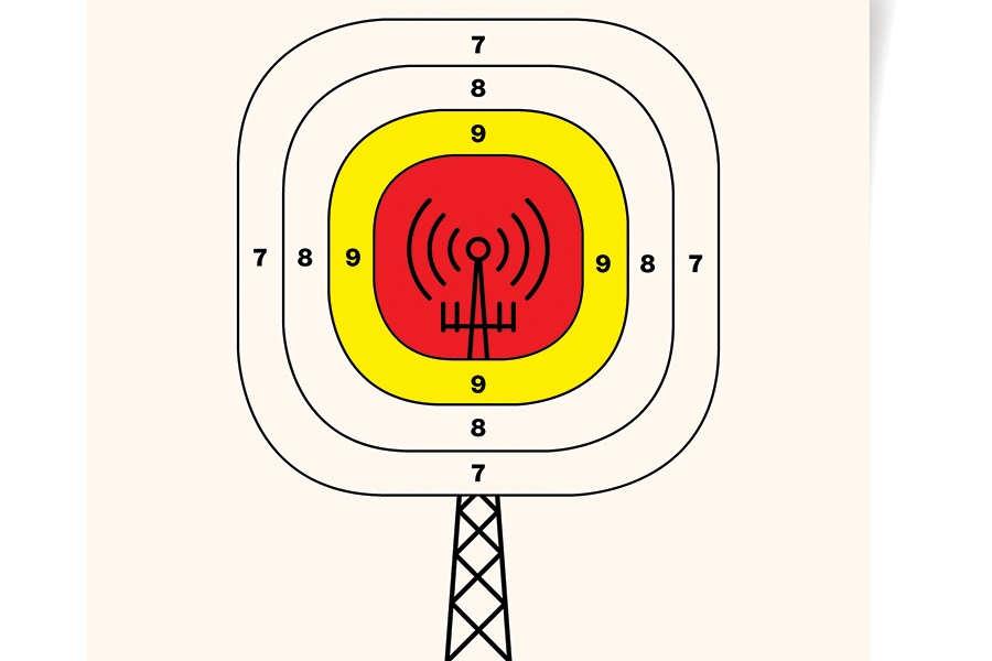 How a Verizon Cell Tower Began a Furious Debate in Wayland