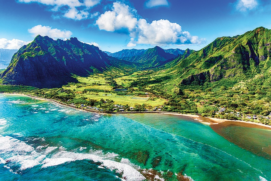 oahu hawaii Spend Your Final Summer Vacation Days in Sunny Oahu, Hawaii
