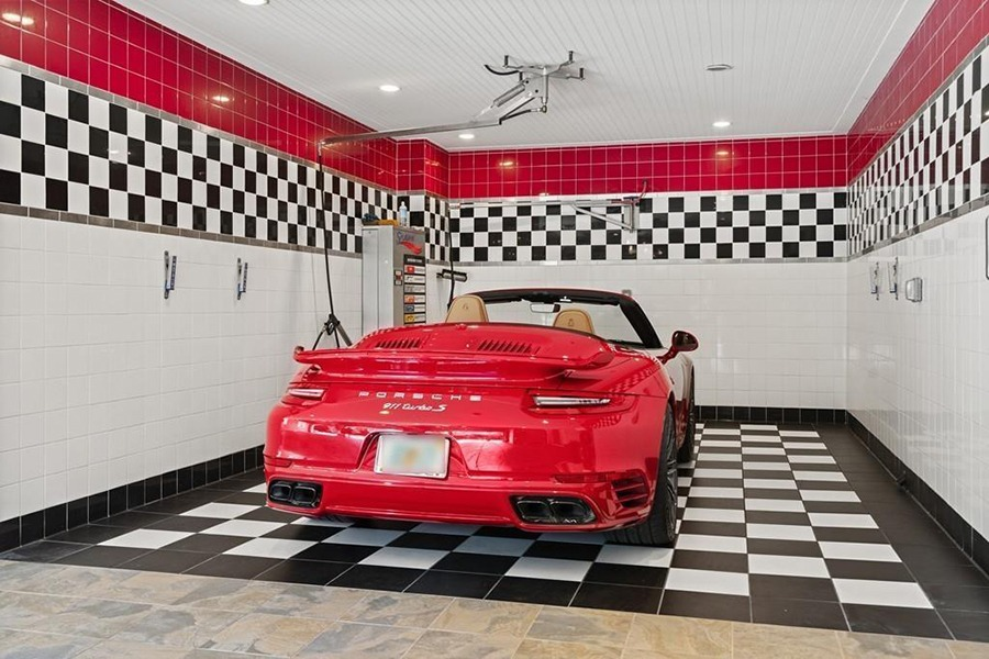 Sudbury Car Dealerships >> On The Market An Enormous Mansion With Its Own Car Wash
