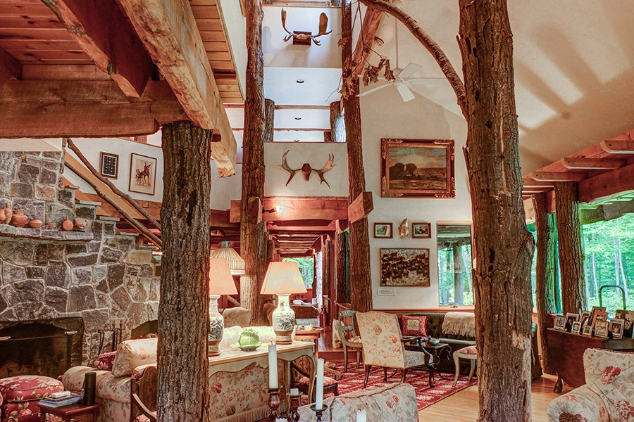 On The Market A Grown Up Treehouse In Western Mass