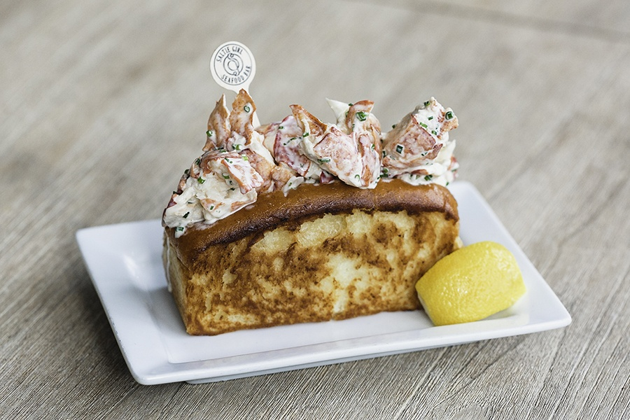 Where To Order The Best Lobster Rolls In Boston Right Now